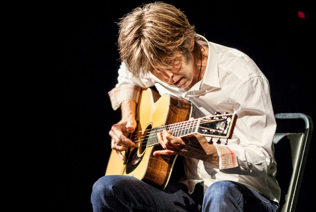 Eric Johnson Goes Acoustic and Gets Real